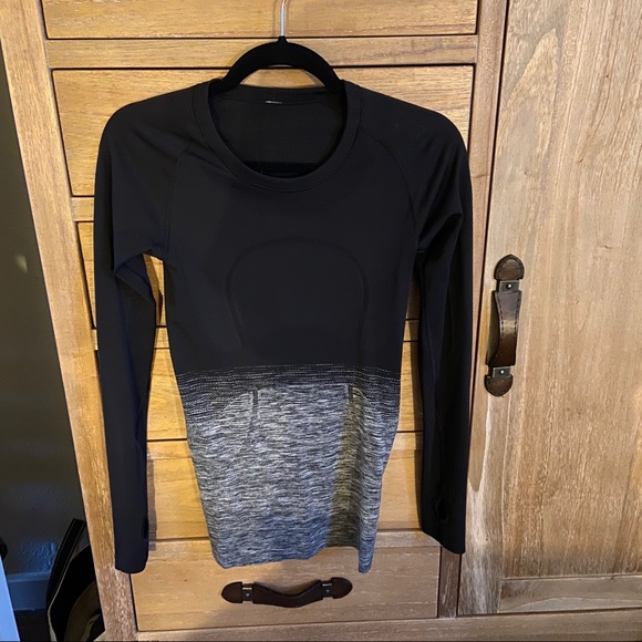 lululemon athletica Tops - Lululemon swiftly tech long sleeve